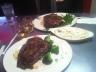 Grosse saftige Steaks im Joe's