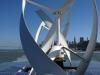 Solar-/Wind betriebenes Boot